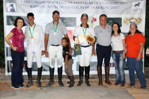 podio-cavalos-novos-b